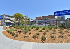 Americas Best Value Inn - Oakland / Lake Merritt - Oakland - Outdoor view