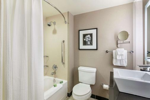 Cambria Hotel Pittsburgh - Pittsburgh - Bathroom
