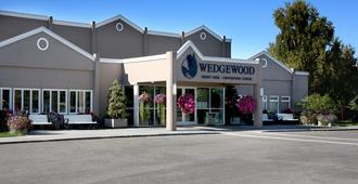Wedgewood Resort - Fairbanks - Building