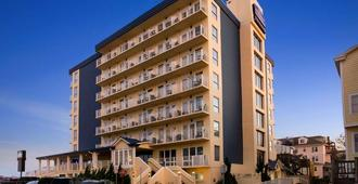 Howard Johnson Plaza Hotel - Ocean City Oceanfront - Ocean City - Building