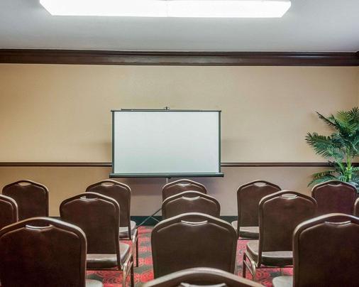 Quality Inn - Albuquerque - Meeting room