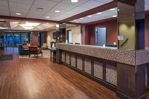 Ramada Downtown Spokane - Spokane - Front desk