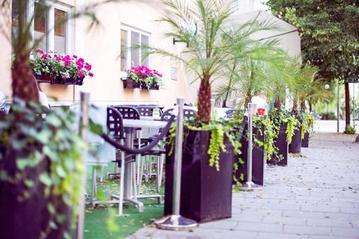 Clarion Collection Hotel Tapto - Stockholm - Patio