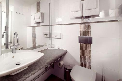 Clarion Collection Hotel Tapto - Stockholm - Bathroom