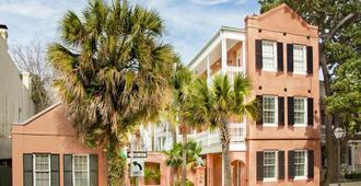 Elliott House Inn - Charleston - Building
