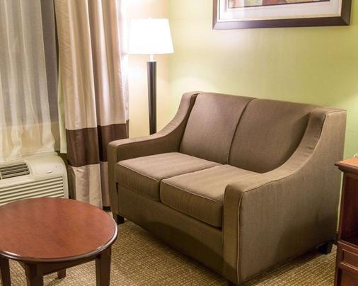 Comfort Inn - Shreveport - Living room