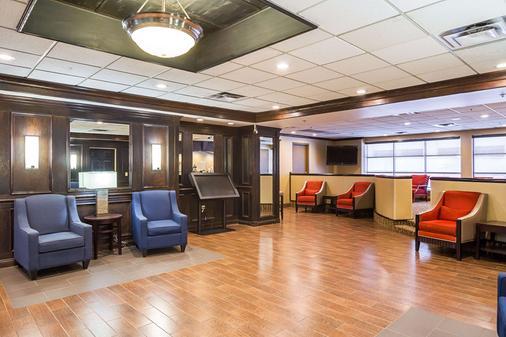 Comfort Inn Downtown - Cleveland - Lobby