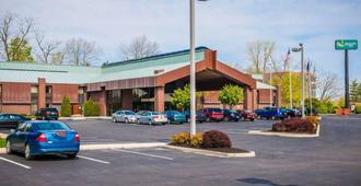 Quality Inn Castleton - Indianapolis - Building