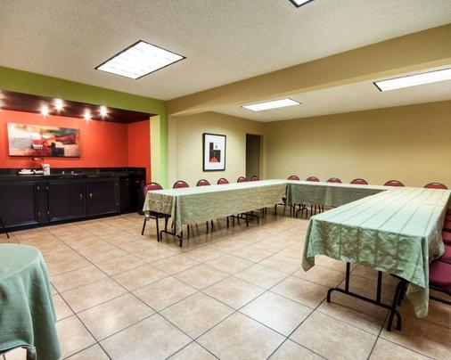 Quality Inn Airport East - El Paso - Meeting room