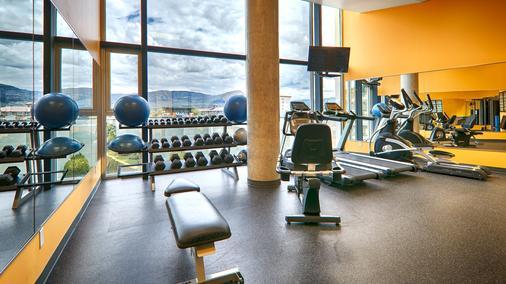 Best Western Plus Kelowna Hotel & Suites - Kelowna - Gym