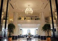 Ramada Plaza Qiandeng Kunshan - Kunshan - Lobby