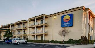Comfort Inn - Redding - Building