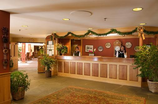 Trapp Family Lodge - Stowe - Front desk