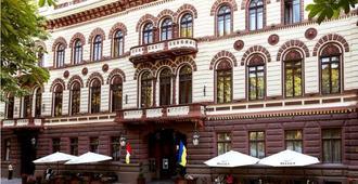 Londonskaya Hotel - Odessa - Building