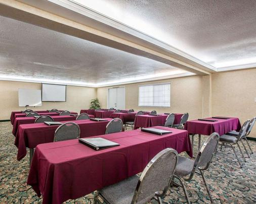 Quality Inn Ontario Airport Convention Center - Ontario - Meeting room