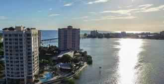 Lovers Key Resort - Fort Myers Beach - Building