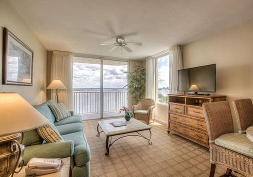 Lovers Key Resort - Fort Myers Beach - Bedroom