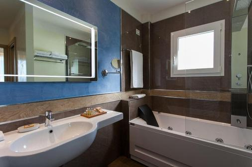 Hotel Imperiale - Rimini - Bathroom