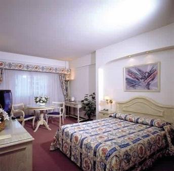 Cambremon Hotel - Buenos Aires - Bedroom