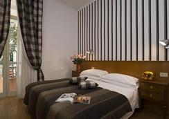 Hotel De Petris - Rome - Bedroom