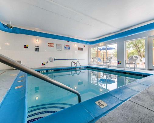 Comfort Inn North - Air Force Academy Area - Colorado Springs - Pool