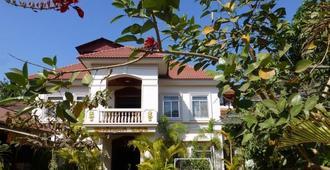 Baphuon Villa - Siem Reap - Building