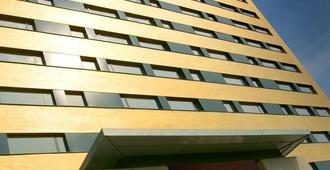 Hotel Yasmin - Kosice - Building