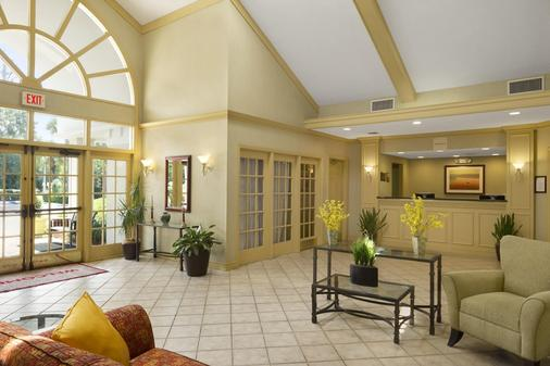 Hawthorn Suites By Wyndham Jacksonville - Jacksonville - Lobby