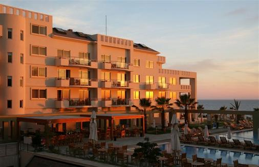Capital Coast Resort And Spa - Paphos - Building