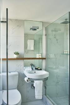 Nautilus, A Sixty Hotel - Miami Beach - Bathroom