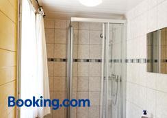 Hotel Steinbock - Lauterbrunnen - Bathroom