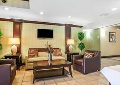 Comfort Inn Lehigh Valley West - Allentown - Lobby