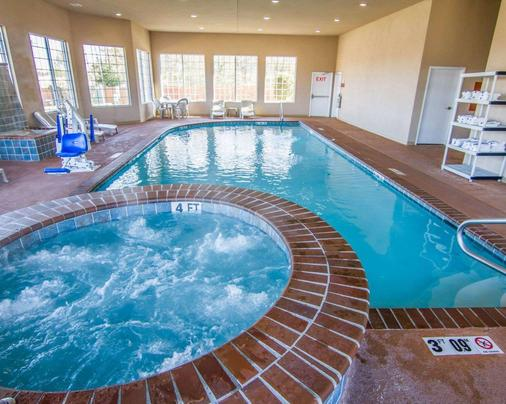 Sleep Inn & Suites I-20 - Shreveport - Pool