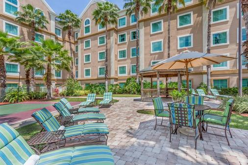Hawthorn Suites by Wyndham Orlando Lake Buena Vista - Orlando - Patio
