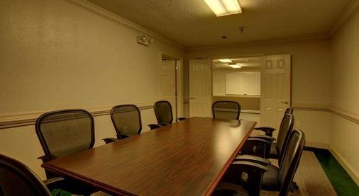 Intown Suites Kennesaw/Town Center - Marietta - Meeting room