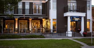 Hotel Arts Kensington - Calgary - Building