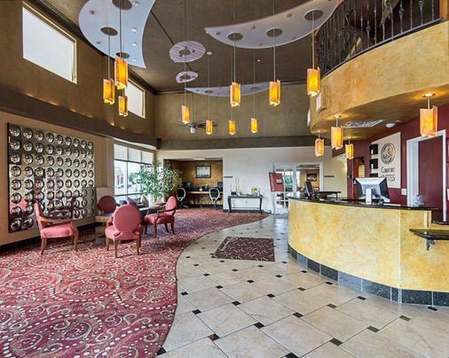 Comfort Suites Wichita - Wichita - Lobby