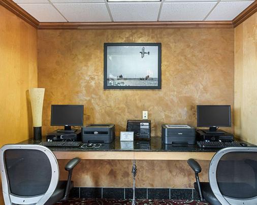 Comfort Suites Wichita - Wichita - Business centre