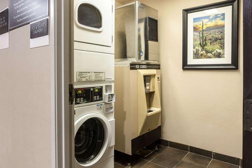 Sleep Inn Phoenix Sky Harbor Arpt - Phoenix - Laundry facility