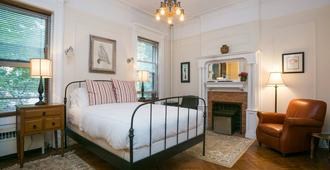 Lefferts Manor Bed & Breakfast - Brooklyn - Bedroom