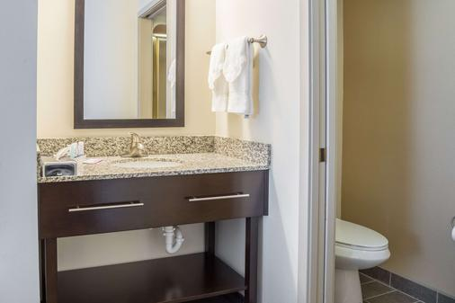 Sleep Inn - Bend - Bathroom
