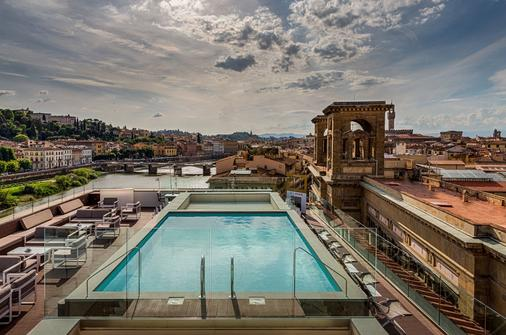 Plaza Hotel Lucchesi - Florence - Pool