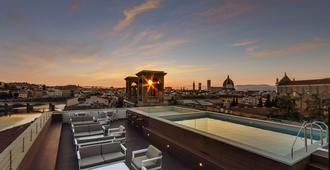 Plaza Hotel Lucchesi - Florence - Building