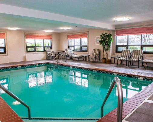 Comfort Inn - Indianapolis - Pool