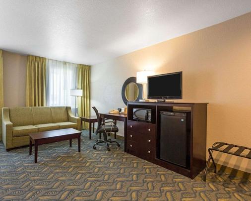 Quality Inn - Prescott - Living room