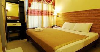 Luckyhiya Hotel - Male - Bedroom