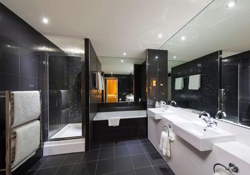 Townhouse Hotel Manchester - Manchester - Bathroom