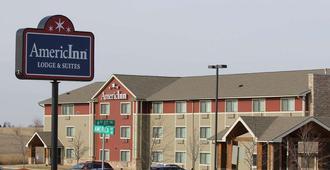 Americinn Lodge & Suites Cedar Rapids - Cedar Rapids - Building