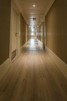 Olissippo Marques de Sa - Lisbon - Hallway