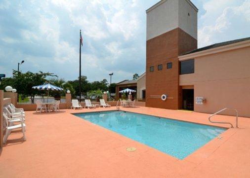 Sleep Inn Gateway - Savannah - Pool